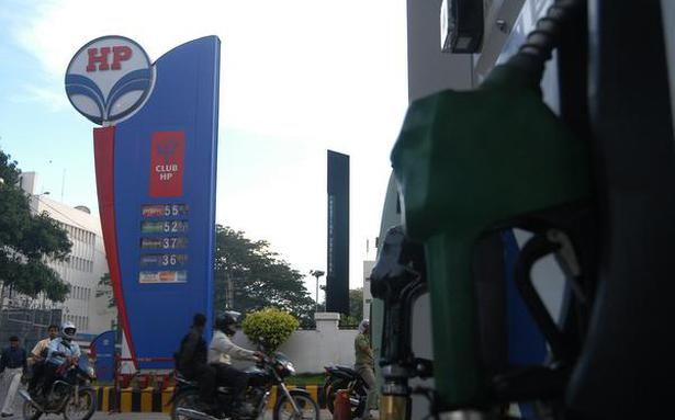 Petrol crosses ₹ 85 mark for first time in Delhi, nears ₹ 92 in Mumbai