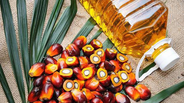 Standard duty rates on edible oils slashed