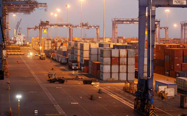 Nearly 3,000 kg heroin seized at Mundra port in Gujarat