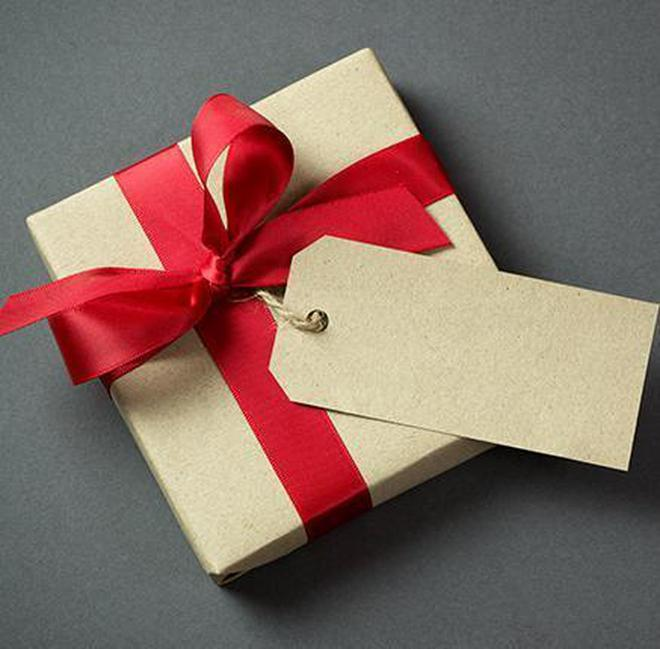 no gst on gifts to employees up to 50 000 and on perks in contract