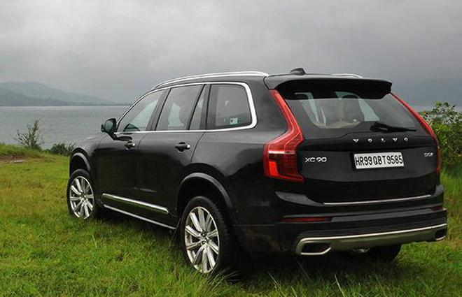 Volvo eyes 10% market share, rolls out first India-embled car ...