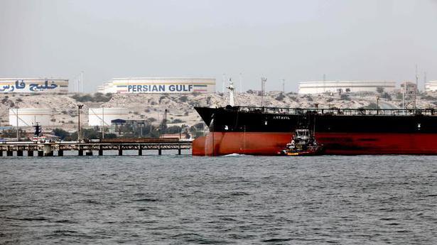'As Iran's rupee reserves drop, traders almost halt exports'