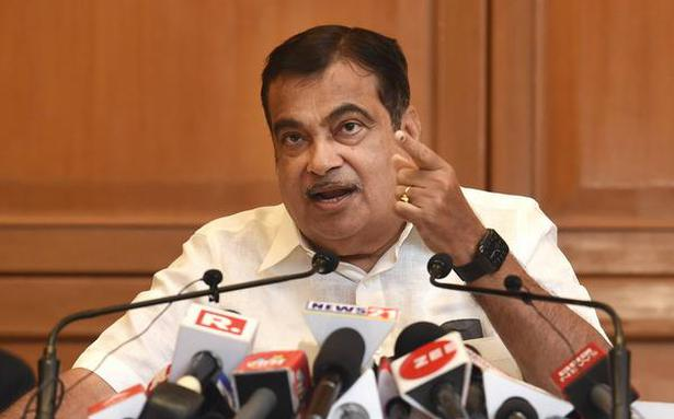 Gadkari pitches for more research to identify import substitute products