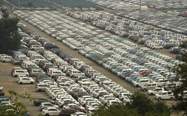 Total retail auto sales fall 27% in August: FADA