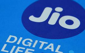 Reliance Jio pays ₹195 crore to DoT to clear all AGR dues in advance