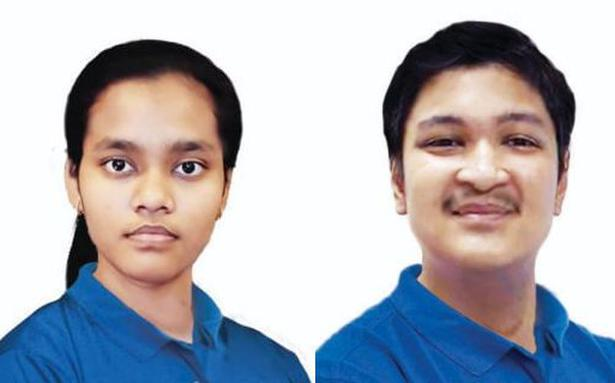 NEET 2020 | Delhi's Akanksha Singh and Odisha's Soyeb Aftab score perfect 100% - The Hindu