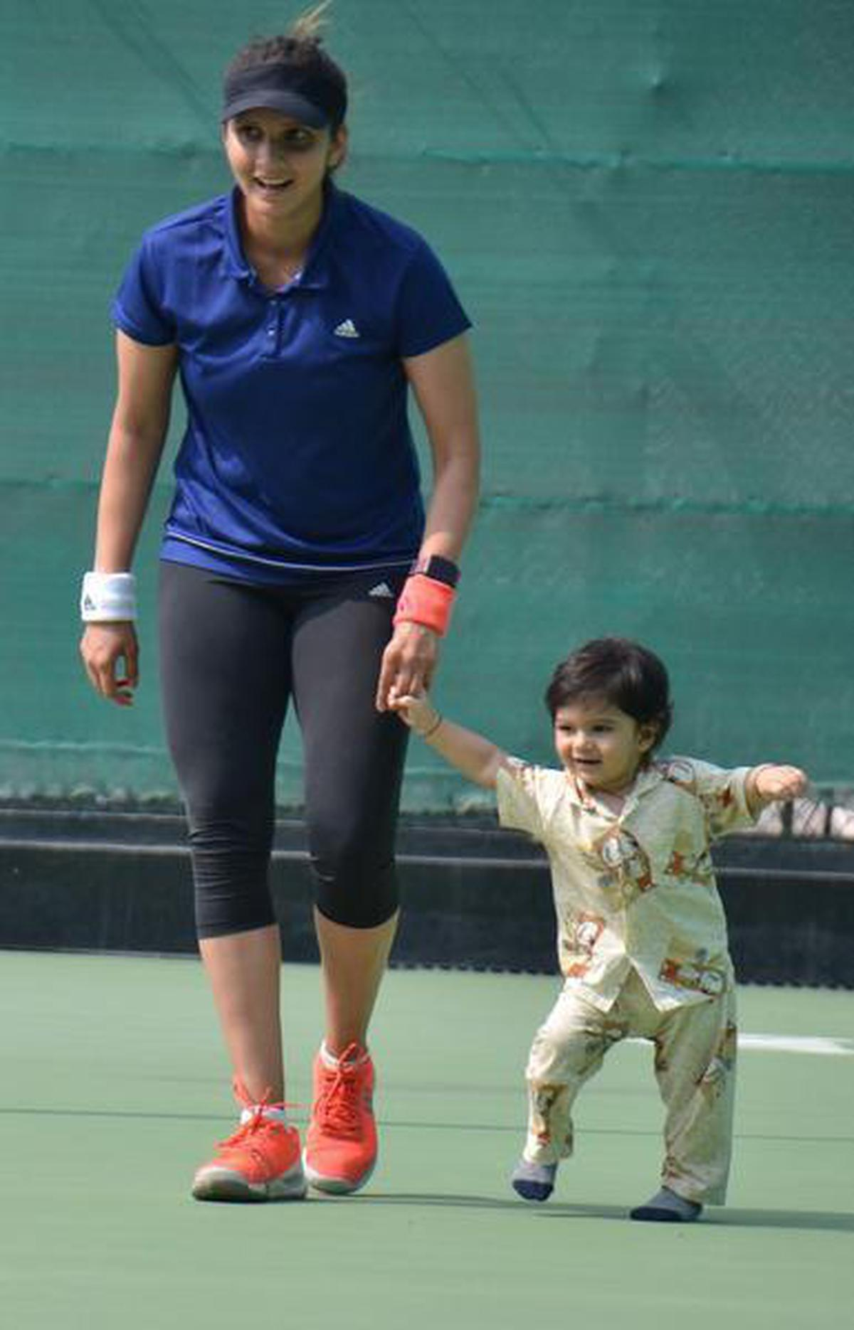 I need to think as a parent and not just an athlete: Sania Mirza