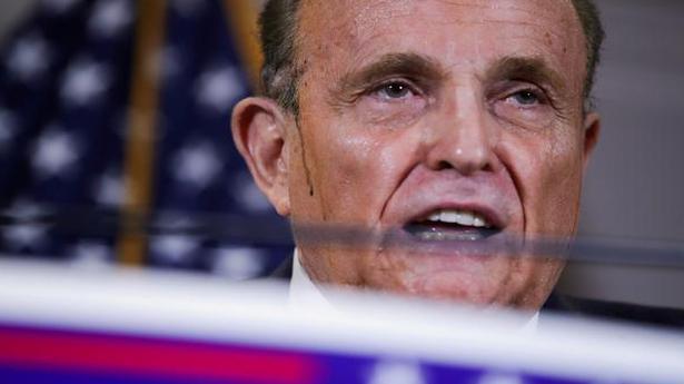 Giuliani earns Razzie award for year's worst movie performances