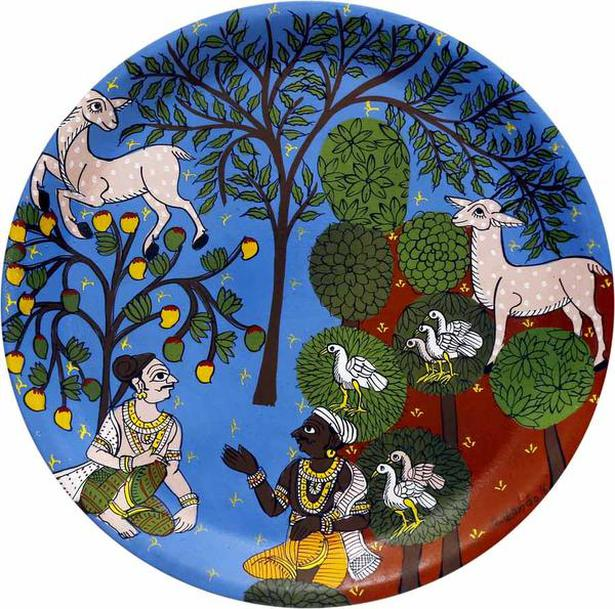 A plate with Cheriyal painting by the famed Nakashi family