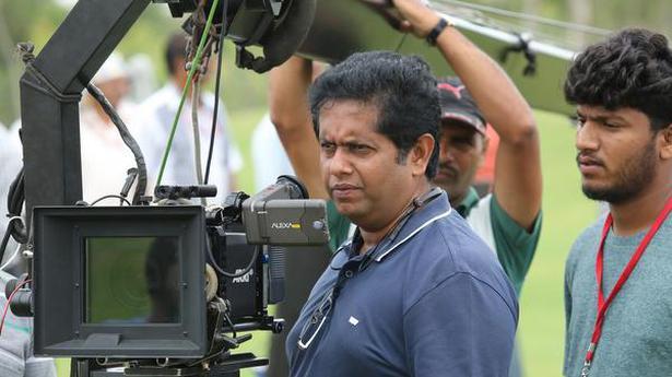 Jeethu Joseph to make his Bollywood debut