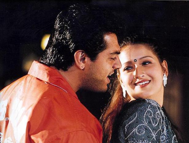 Laila with Ajith Kumar in the A R Murugadoss film 'Dheena'