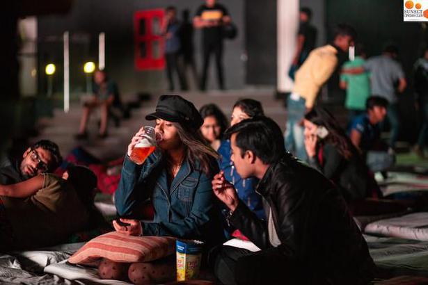 Outdoor film screenings gaining popularity in Bengaluru