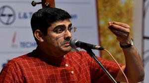 No dull moments in Sikkil Gurucharan's concert