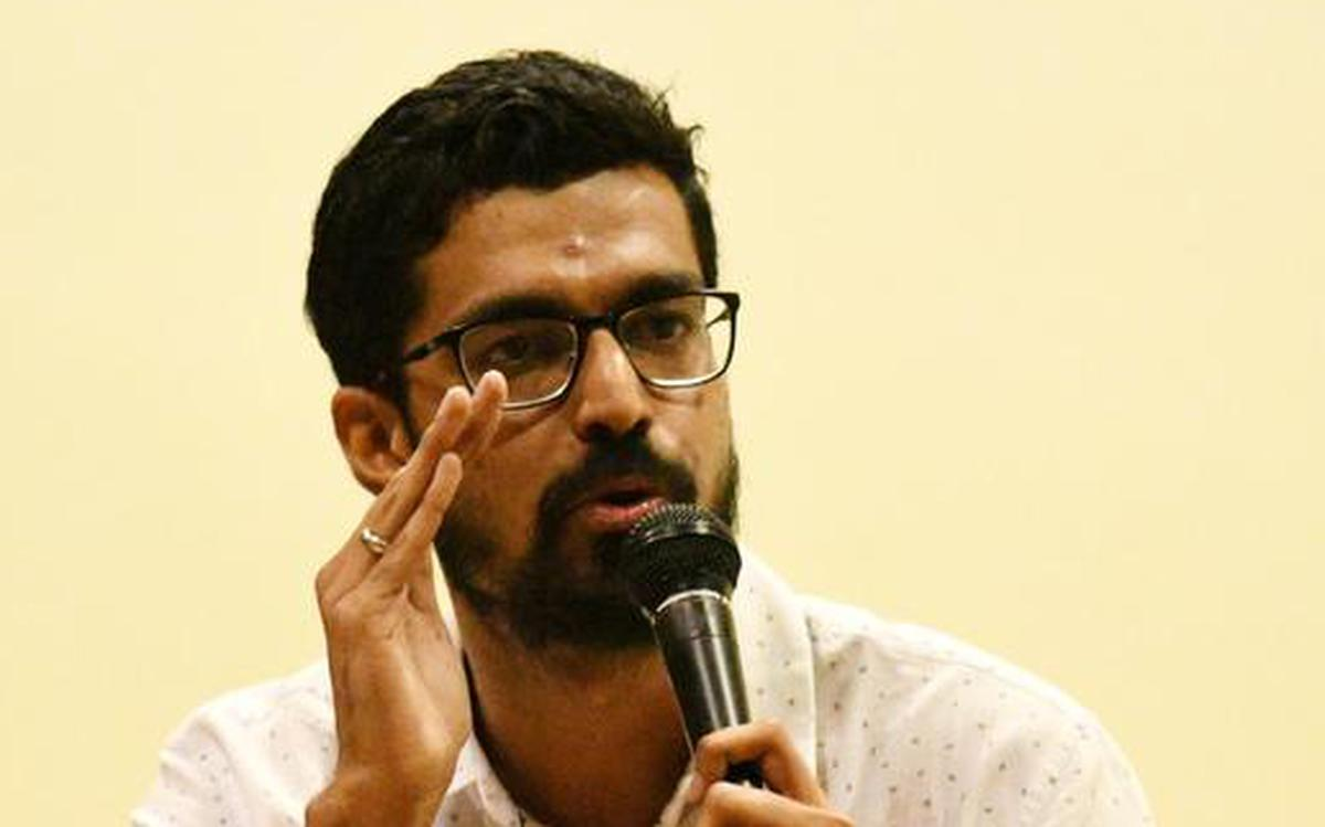 A review of Azeem Banatwalla's stand-up show Problems in Coimbatore