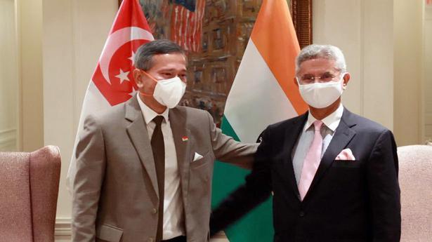 Jaishankar meets Singaporean counterpart in US; discusses Indo-Pacific, COVID-19