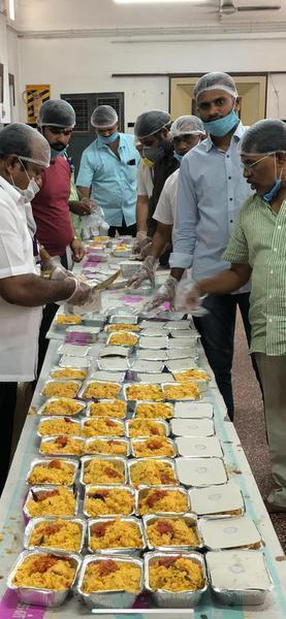 The Coimbatore Catering Owners Association prepares food for workers in the villages of the Coimbatore North Zone