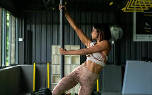 A fitness pole customised for Indians — This Chennai startup says #MakeLocal home-workout equipment