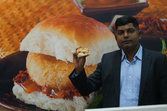 Goli Vadapav Founder Venkatesh Iyer Tells His Story Of Turning