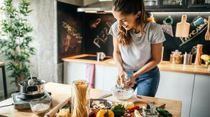 Schools of cooking: bland, aqua, off-the-shoulder...