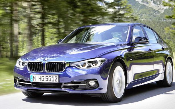 Watch: 2019 BMW 320d review and test drive