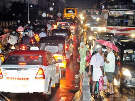 Rain throws Coimbatore city out of gear, again - The Hindu