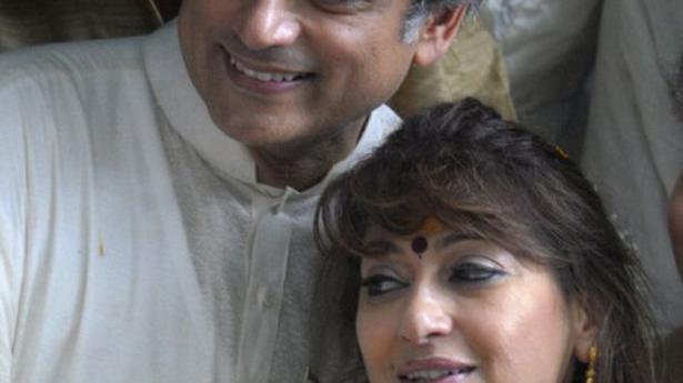 Sunanda Pushkar death: SC notice to Delhi Police on Swamy's plea for SIT probe