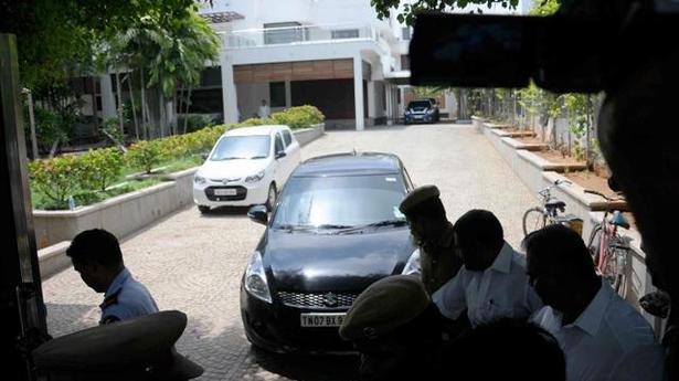 Vijay, Nayanthara, Samantha Houses Raided