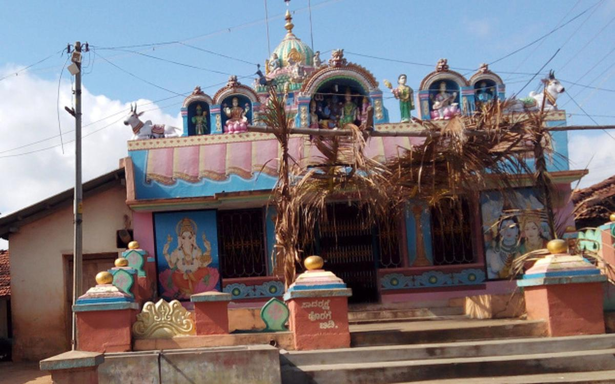 Dalits fume over fine on their women for entering temple in ...
