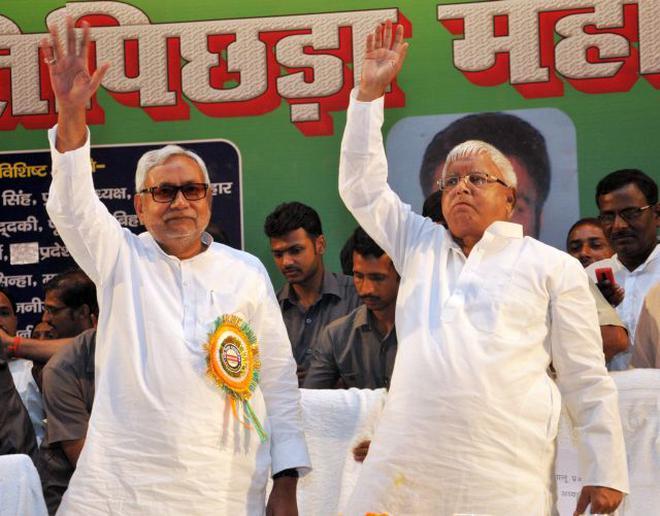 Bihar Chief Minister Nitish Kumar and RJD chief Lalu Prasad during a poll rally in Patna recently. Photo: Ranjeet Kumar | Photo Credit: Ranjeet Kumar -