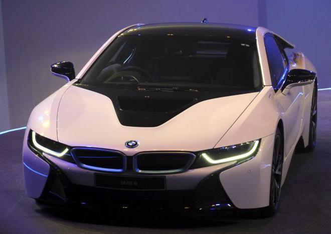 BMW Launches Highend Hybrid Sports Car At Rs Crore The Hindu - Sports cars bmw