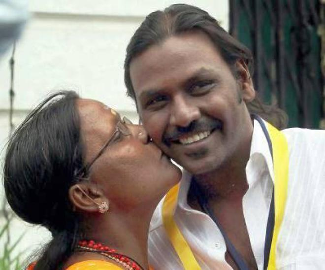 Actor Raghava Lawrence To Build Temple For His Mother The Hindu