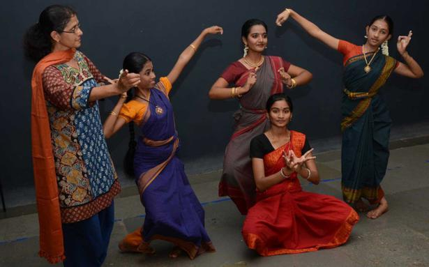 The pursuit of bharatanatyam the hindu fandeluxe Images