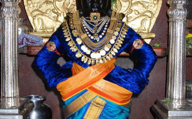 Pandharpur Temple Allows Female And Non Brahmin Male