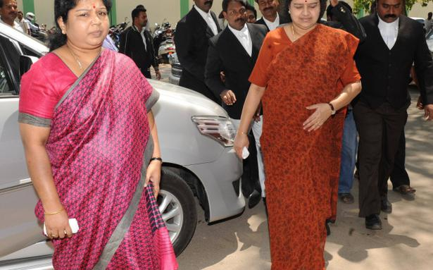 jayalalitha sasikala relationship break quotes