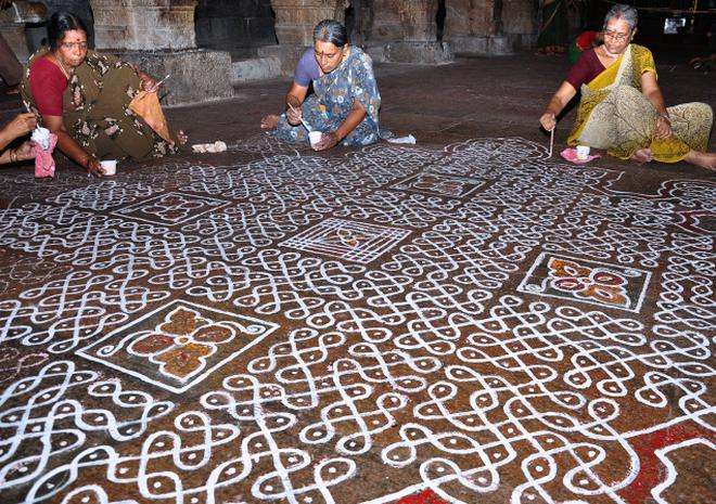 kolam women arrive on dot at temple ahead of navaratri the hindu