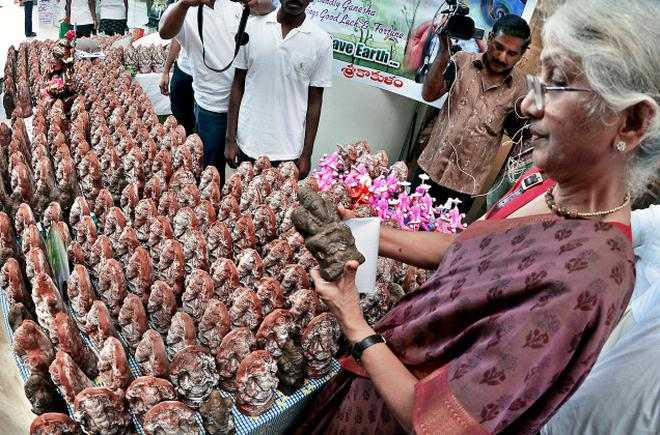 eco-friendly-ganpati-idols