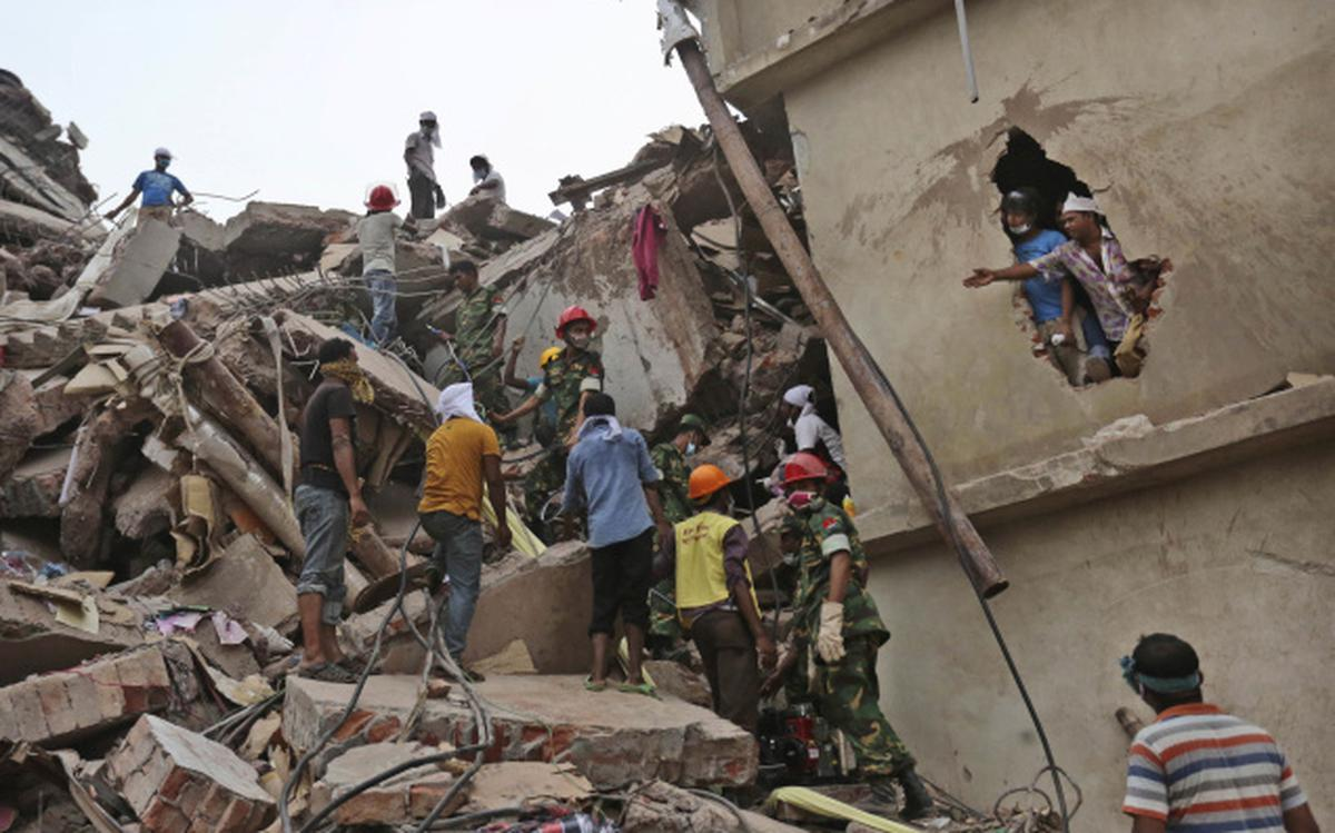 2 arrested as Dhaka building collapse toll reaches 324 - The
