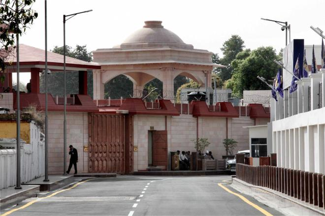 The previous BSP government spent Rs. 86.56 crore on the construction andrenovation of this 13A, Mall Avenue bungalow of Mayawati in Lucknow whenshe was the Chief Minister from 2007 to March this year. The money spentwas not audited. File photo