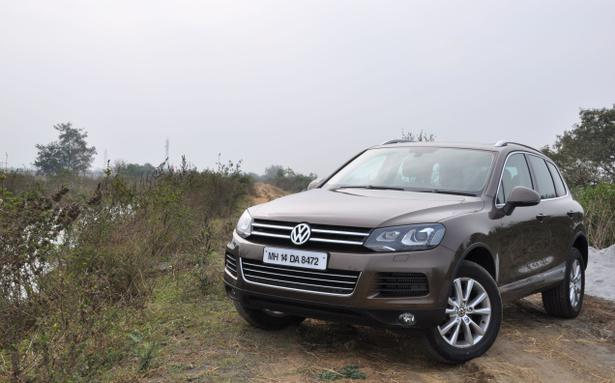 vw touareg 2012 review the hindu. Black Bedroom Furniture Sets. Home Design Ideas