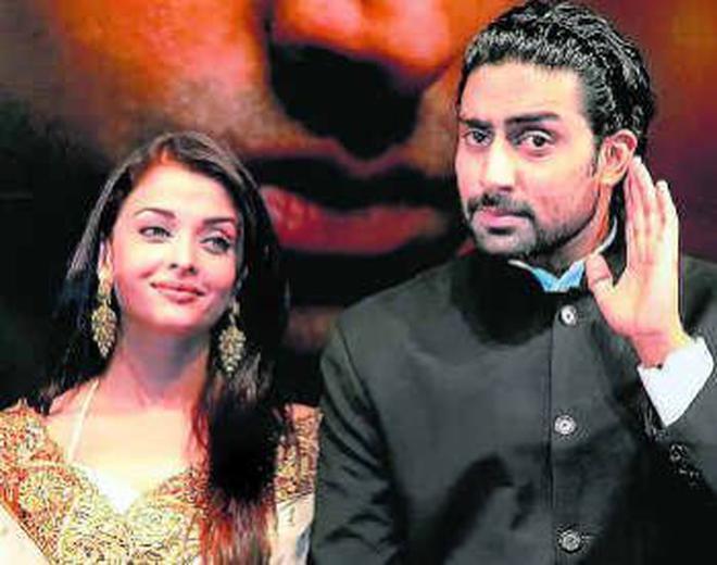 Actors Aishwarya Rai And Abhishek Bachchan