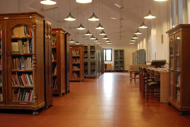 cea7a43a03 Turning pages at Chennai s libraries - The Hindu