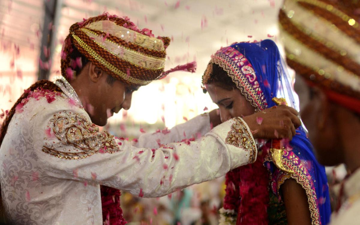How do arranged marriages still hold sway in urban India