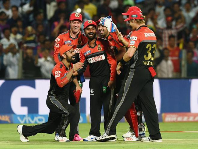 RCB's thin bowling lineup will be put to test against Gujarat openers Aaron  Finch and Brendon