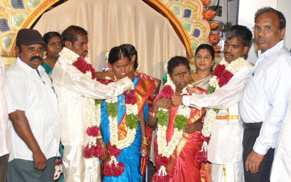 Marriage performed for visually challenged - The Hindu