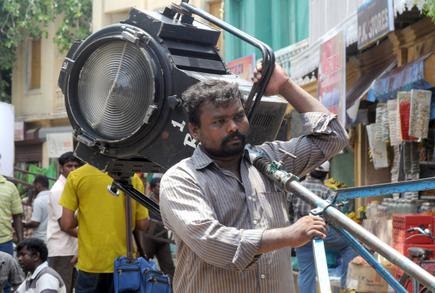 ફિલ્મ ઇન્ડસ્ટ્રીના 32 યુનિયનોના કોઇપણ કલાકર રામ ગોપાલ વર્મા સાથે કામ નહીં કરે, જાણો કારણ