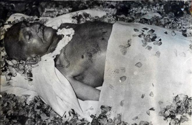 Image result for assassination of gandhi photo