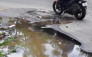 'Frequent leakages in water pipelines damage Mettupalayam Road'