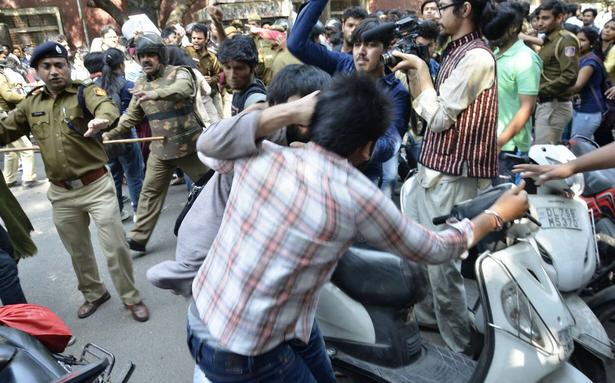Clashes at Ramjas College in Delhi over cancellation of invite to Umar Khalid
