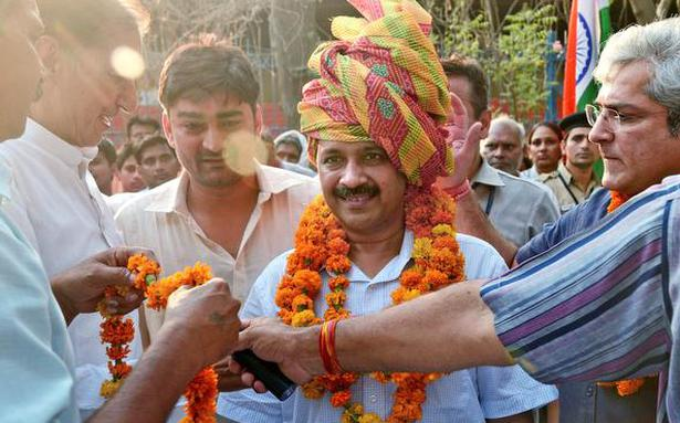 Kejriwal leads roadshow to meet farmers, talks land-pooling policy