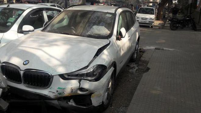 Speeding Luxury Car Rams Auto Driver Injured Critically The Hindu